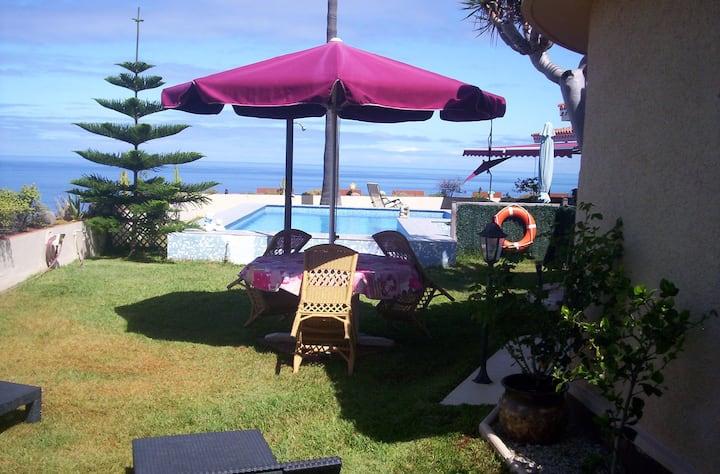 Wundervoller Blick auf Atlantik-Teide-Puerto Cruz