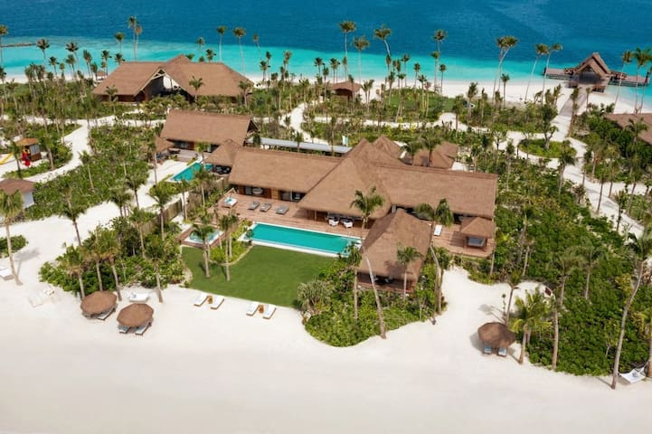 Maldives - KING GRAND BEACH VILLA WITH POOL