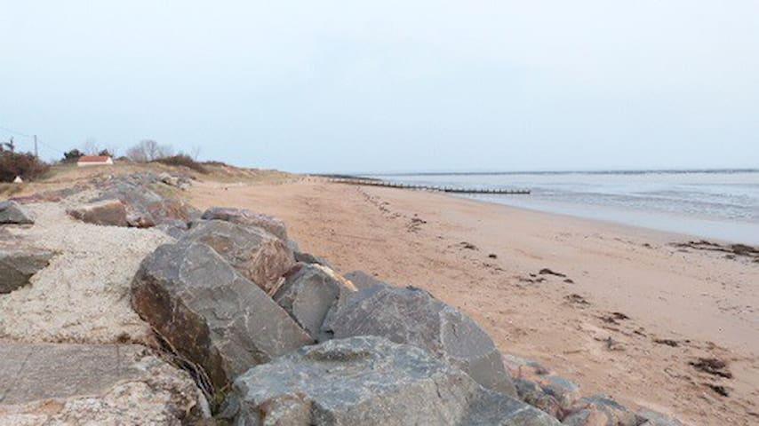"""""""La Rirette"""". La dune, les plages, l'océan. - L'Aiguillon-sur-Mer - Huis"""