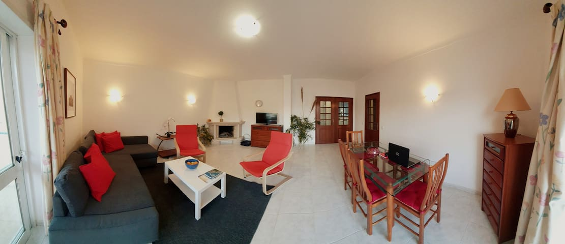 """Laax"" reopened family  flat 10 min walk to beach"