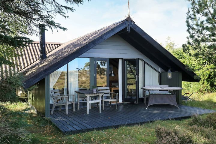 Appealing Holiday Home in Ålbæk with Terrace