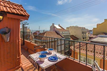 River View Terrace + Free Pkt Wi-Fi - Lisboa