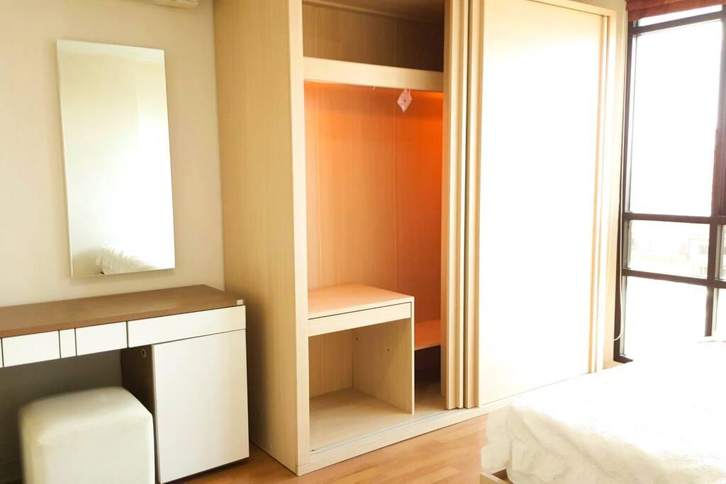 Beautiful built-in closet