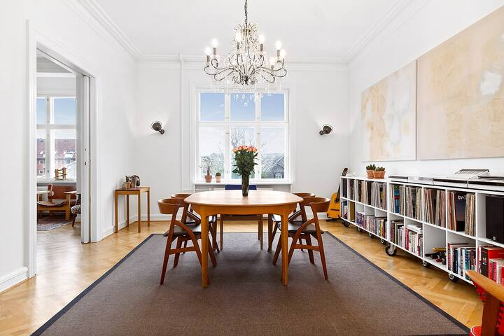 Luxurious flat - excellent location - Frederiksberg - Apartamento
