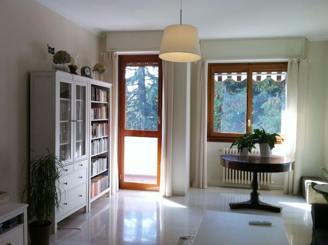 Stanza in appartamento Casatenovo - Casatenovo - Lejlighed