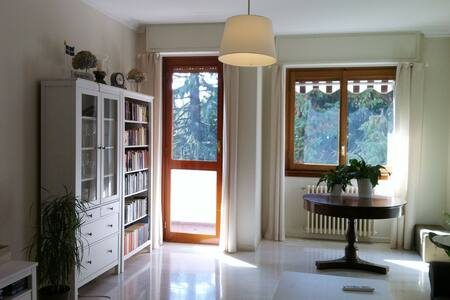 Stanza in appartamento Casatenovo - Casatenovo - Lägenhet