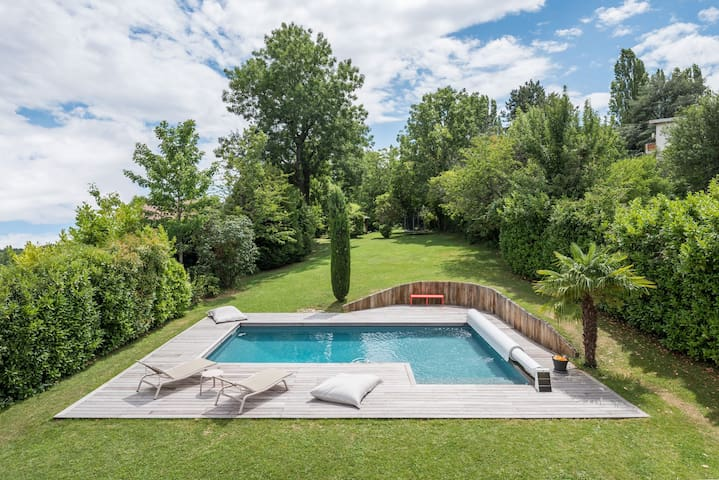 O vert - Beautiful contemporary house with pool