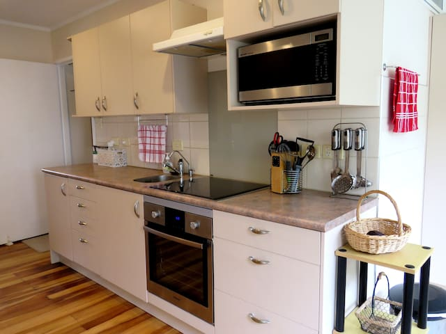 Comfortable and convenient family home - Auckland - Casa