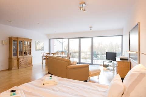 Kronberg, Modern apartment at Victoria Park