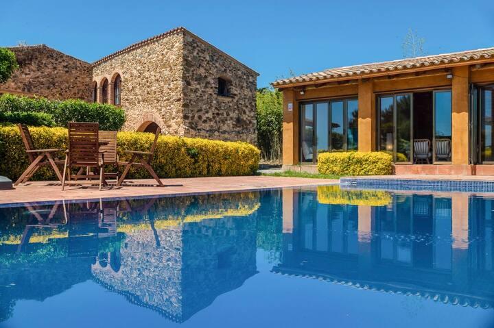 Villa Aleta at Catalunya