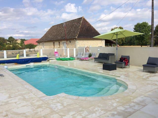 maison perigourdine avec de colomba - Sainte-Sabine-Born - House