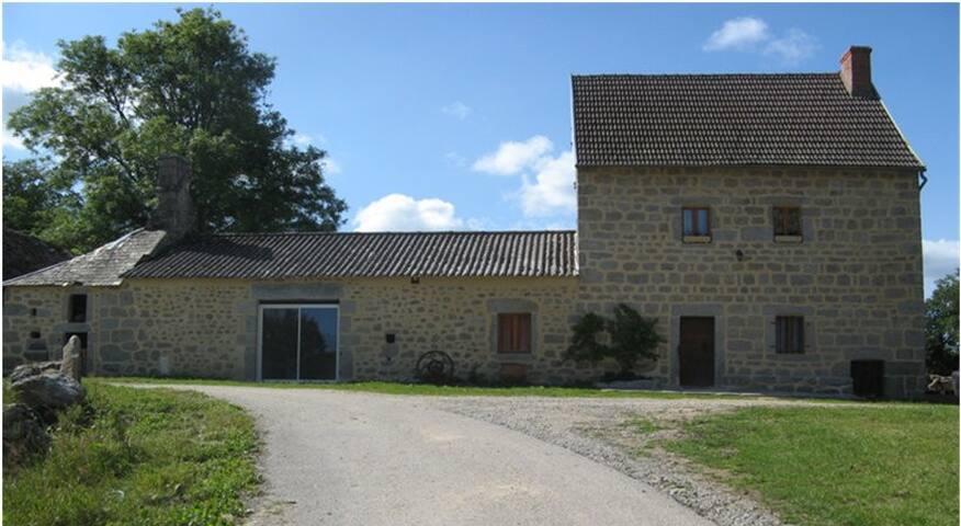 "Location Gite ""Le Liberteix"" à SERMUR (23700)"