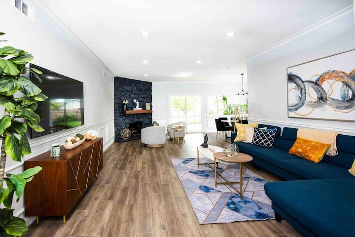 Modern Clean Cozy Home