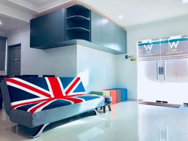 W-INN Homestay Kuantan Jacuzzi Room Stay 16+2pax