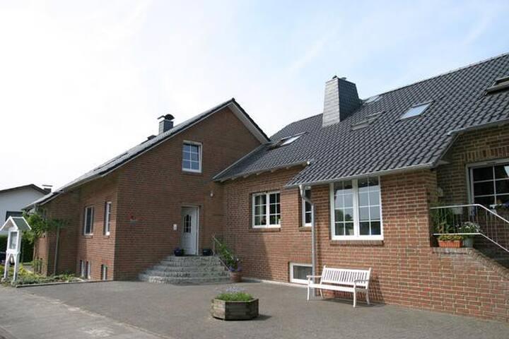 Cuxhaven-Duhnen Apartment No.03 beach near the house `Kirsten´