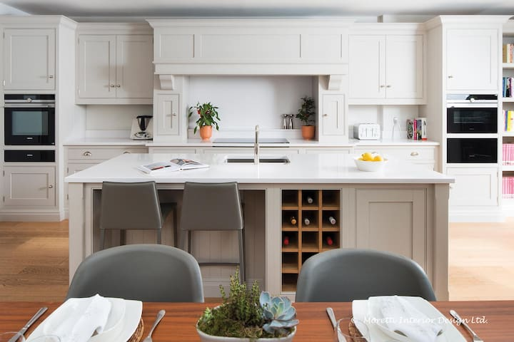 Family Home in Chiswick, London W4
