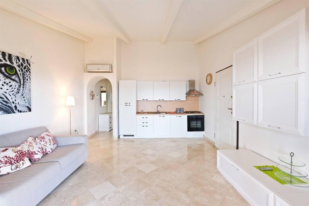 Soggiorno/angolo cucina