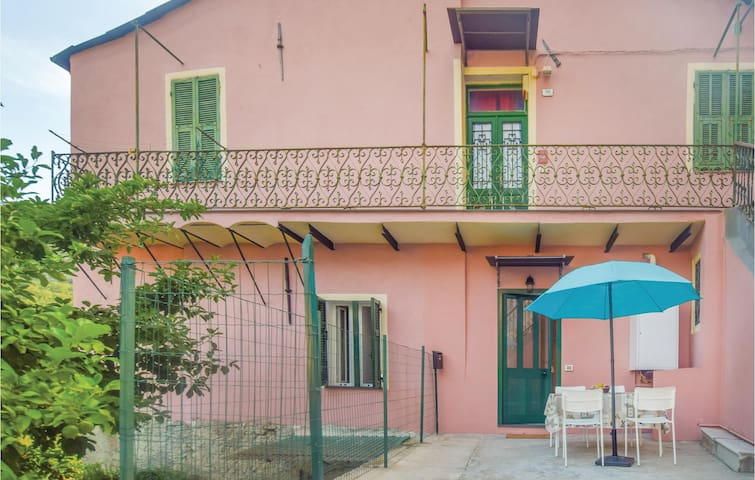 Holiday apartment with 1 bedroom on 42 m² in Chiusa Vecchia IM