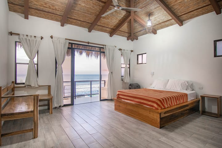 Costa Oeste, Beachfront Boutique Hotel, Room 2
