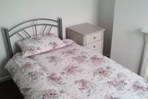 2 Bed House Near Town Centre Ideal for Keele Uni