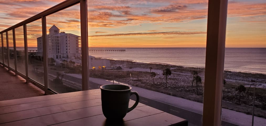 *NEW!* Phenomenal Unobstructed Gulf View  2 Bed 2 Bath Condo w/ Pool