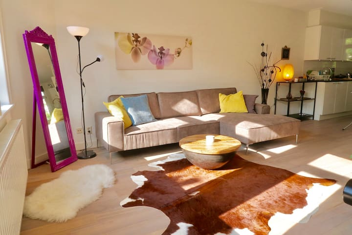 Lovely bright double bedroom by terrace