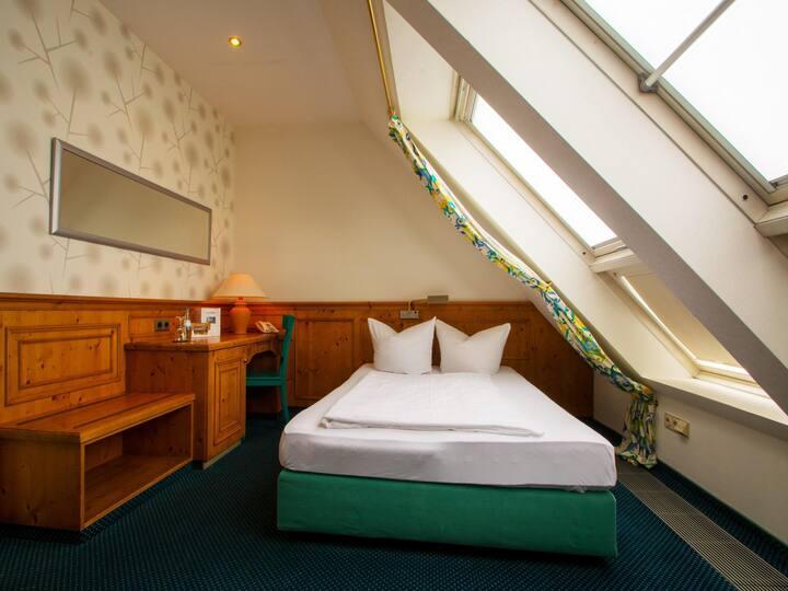 Standard Einzelzimmer im Hotel Haus Gimken