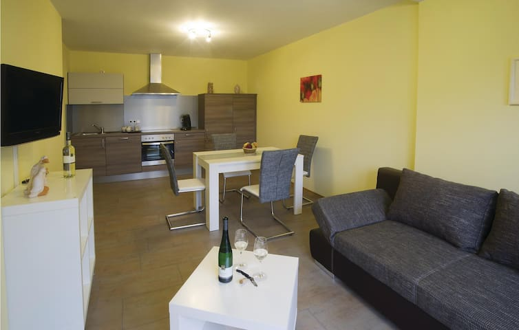 Holiday apartment with 1 bedroom on 50 m² in Detzem