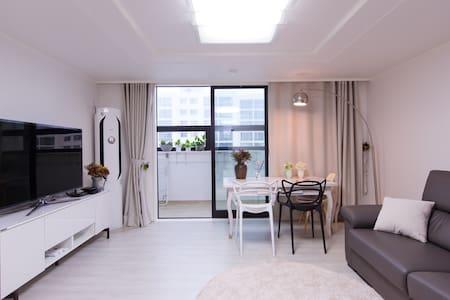 뉴오픈해운대비취백스코 더베이101센텀 48평호텔같은크로버하우스2 - Haeundae - Lägenhet