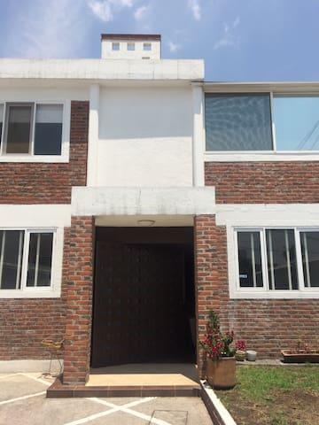Lovely house in Satélite - Naucalpan de Juárez - Casa