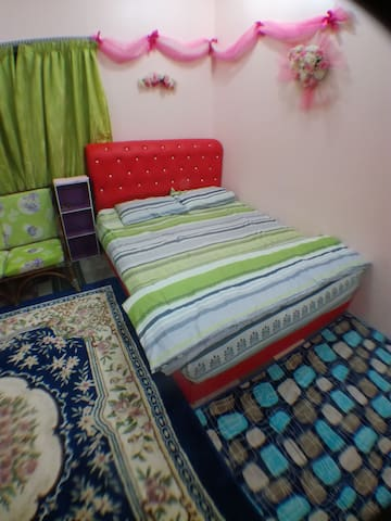 Roomstay nor azmi