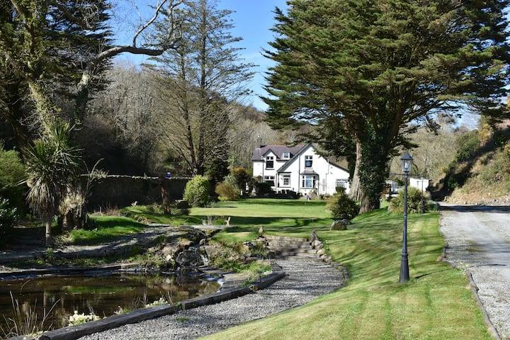 Glynllifon House Luxury Country Living