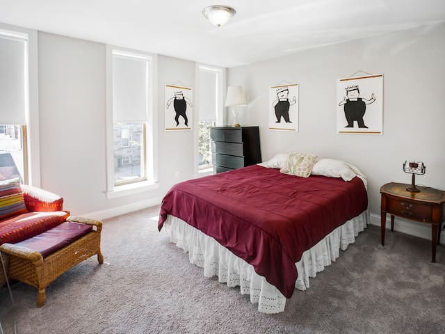 Spacious Baltimore Home in Pigtown