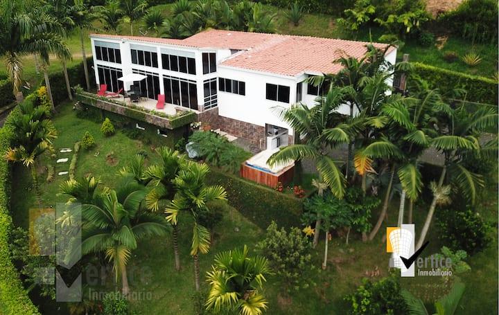 Habitaciones disponibles en casa en Cañon del Río