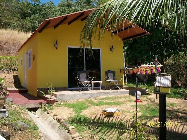 Cabina de Colibri, Morrillo Beach
