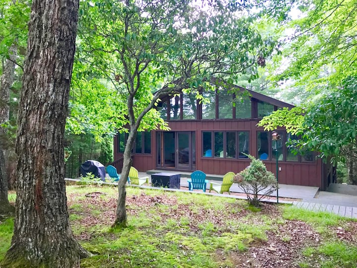 Deerview Retreat Connestee Falls 4BR/3BA on Golf Course