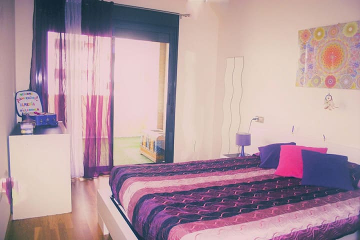 LOVELY ROOM WITH SUNNY TERRACE