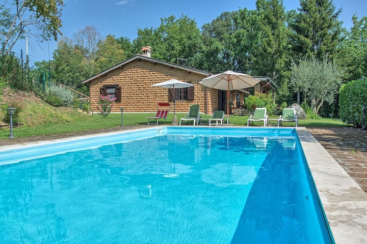 Villa Letizia - Country Villa with swimming pool in Orvieto, Umbria