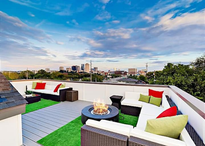 NashPad Rooftop With Killer Downtown Views