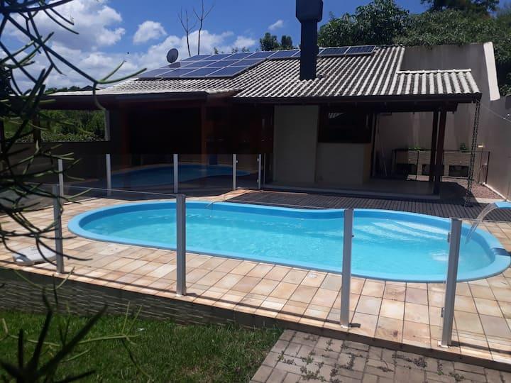 Casa Eco Energética. 5 km Feevale. 72 km Gramado.