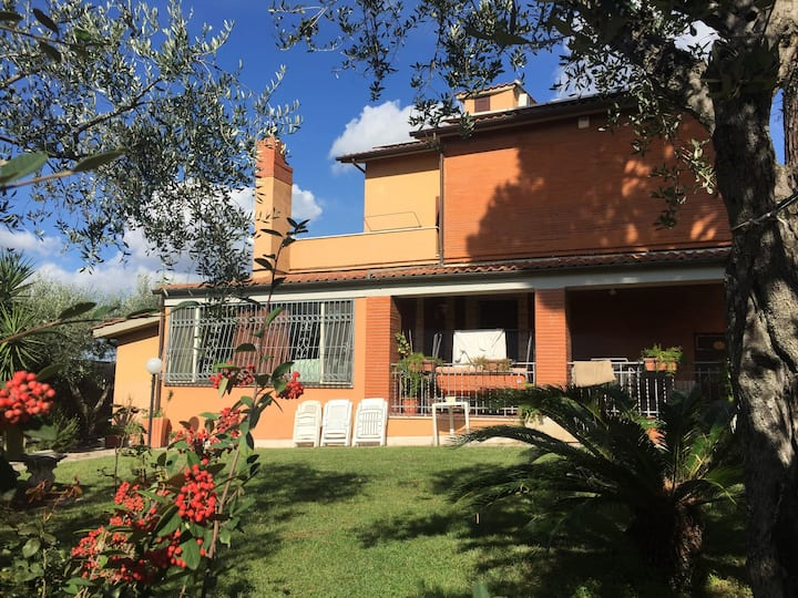 appartamento autonomo in villa a Castel Gandolfo