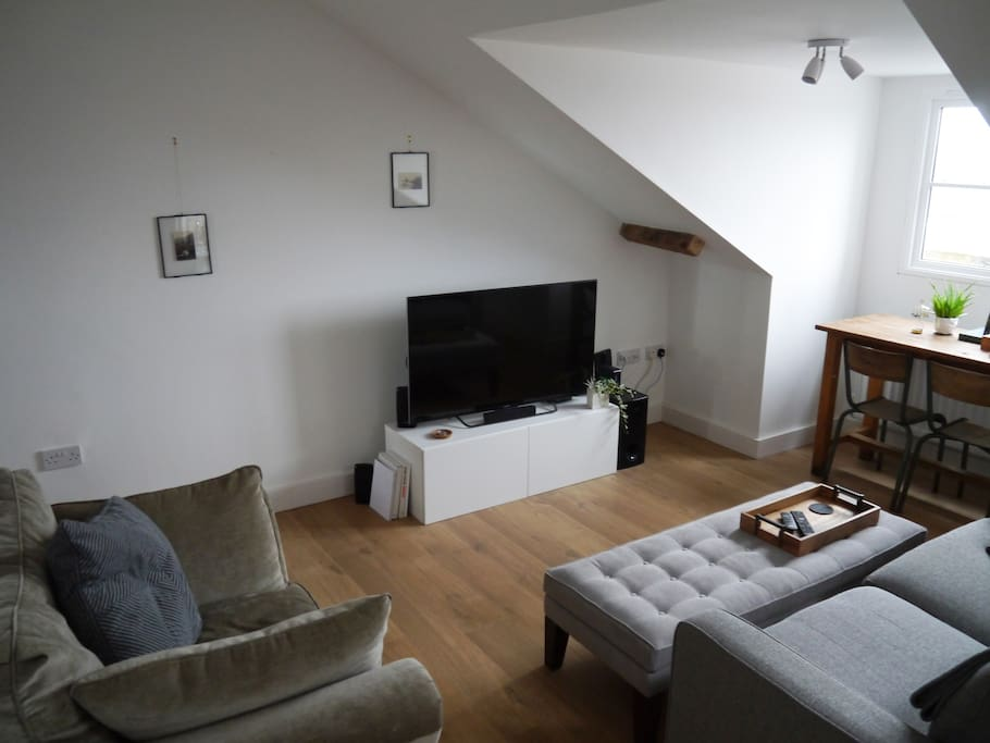 the living room bristol beautiful flat in clifton with city wide views 17217