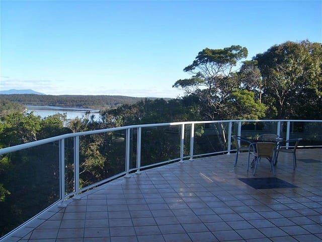 Back veranda view overlooking Tuross River