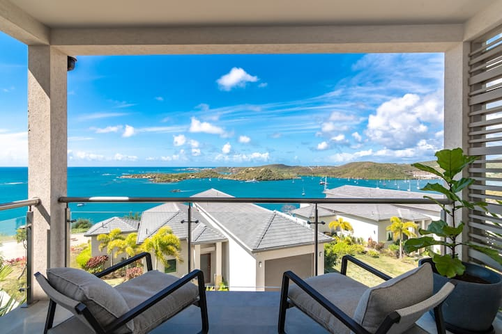 Condo suite with view, beach and pool view