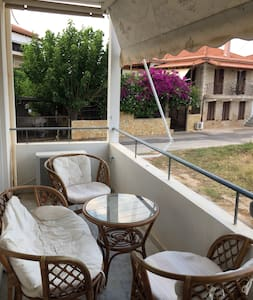 2 room apartment in the heart of Paralios Astros