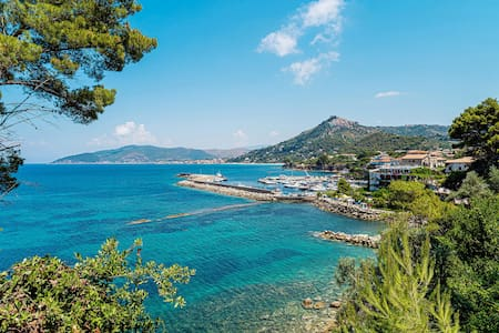 Holiday apartment with 1 bedroom on 49m² in Laureana Cilento