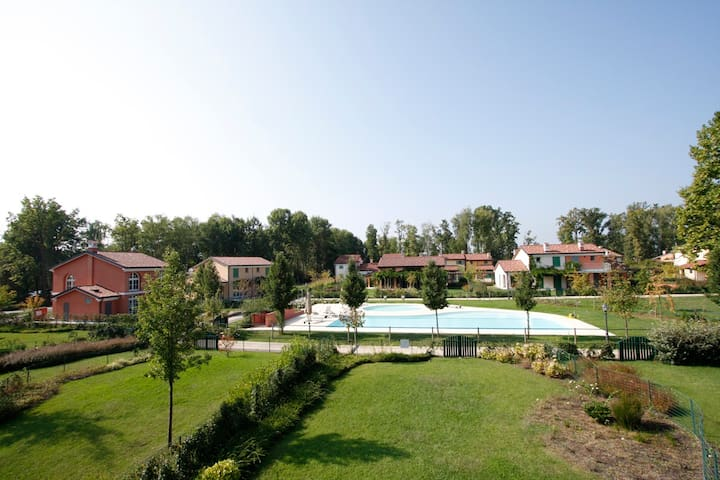Golf vacation villa in Bogogno