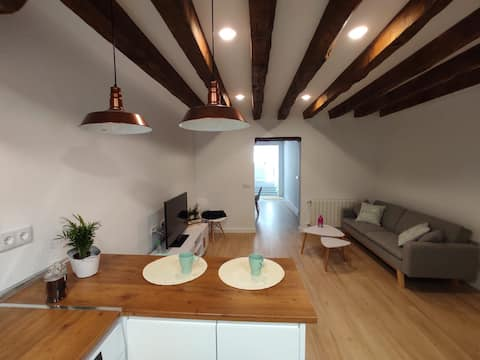 Charming apartment in La Granja. New.