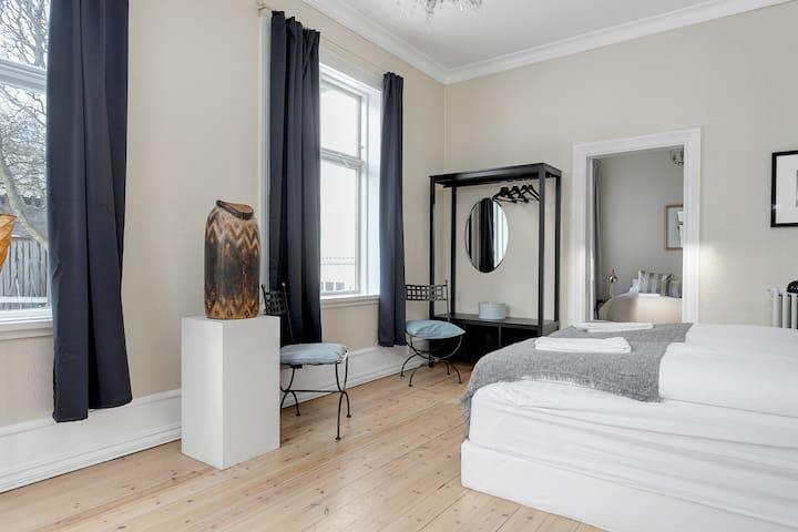 Sudurgata Authentic Reykjavik Style Apartment