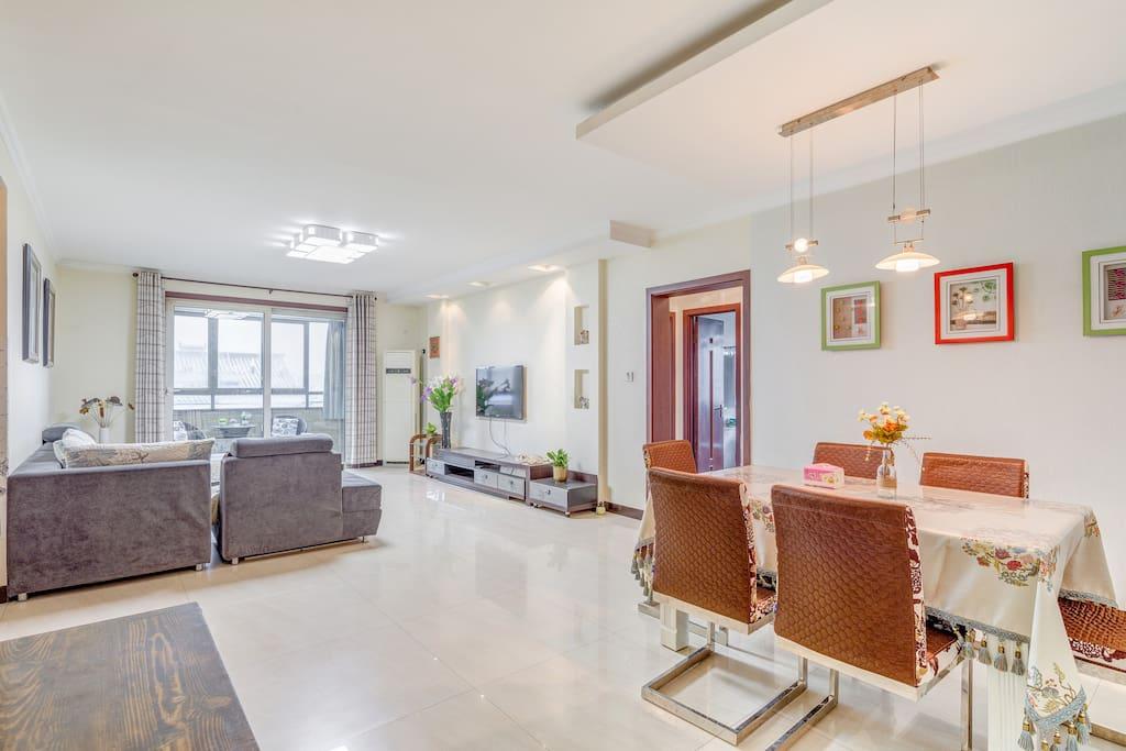 宽大的客厅,增加居住的舒适度